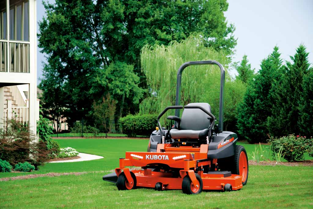 Kubota Z122 Zero Turn Mower