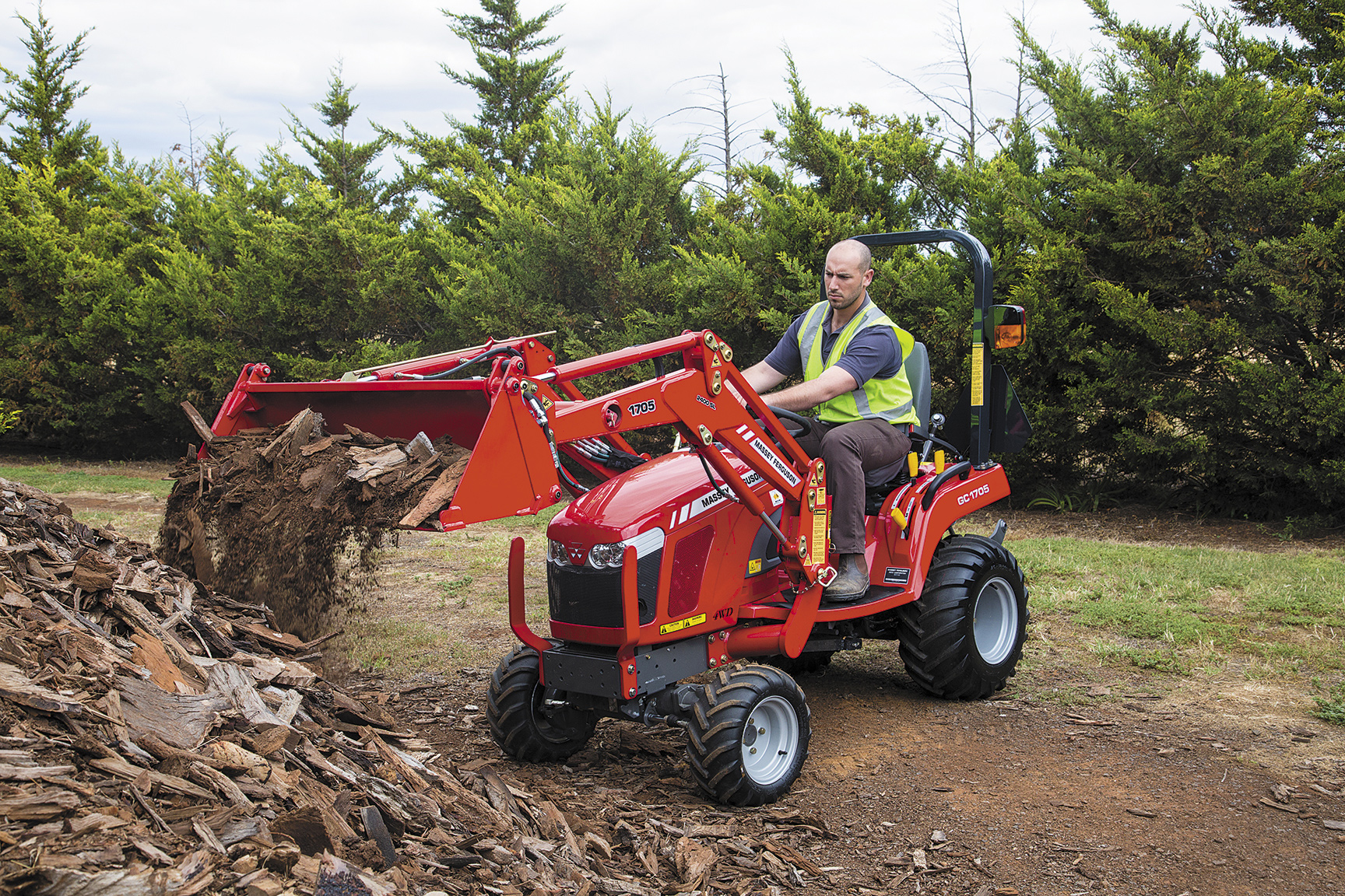 GC1700 compact tractor with loader