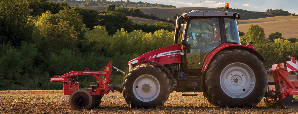 Massey Ferguson 5700SL Series tractor front and back implements